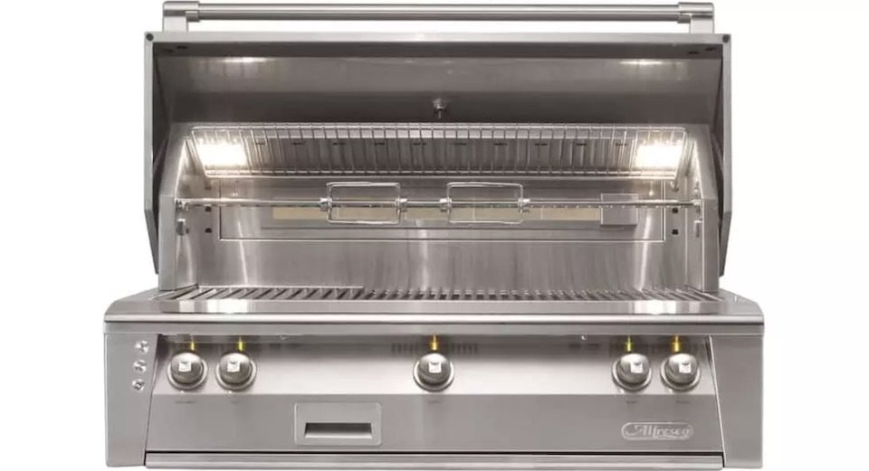 outdoor kitchen grill