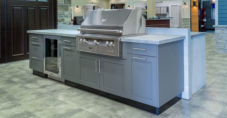 outdoor kitchen showroom