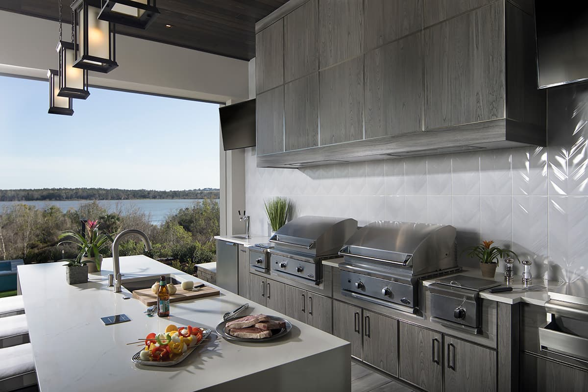 outdoor kitchen and counter